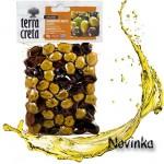 Olivy-marinované-mix-s-pomarančom-a-bylinkami